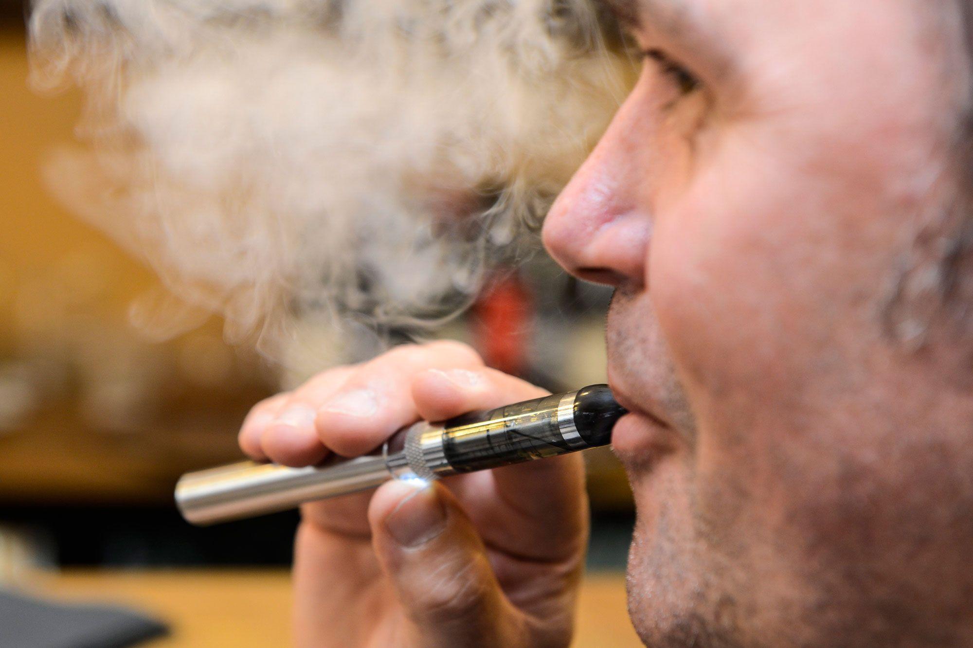Cigarette électronique : Pourquoi de plus en plus d'individus en recours à la cigarette électronique ?